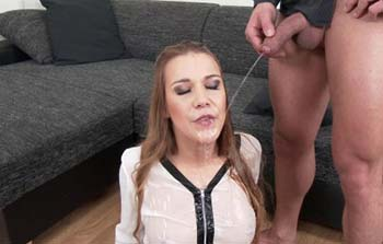Alexis Crystal - Pissing In Stockings