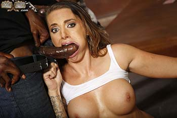 Busty Girl Juelz Ventura With Cocks In All Holes