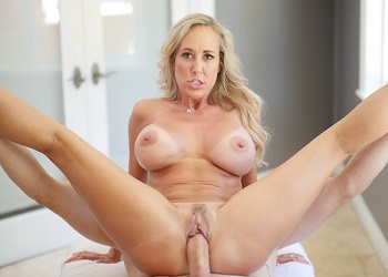 Courtyard Cougar Brandi Love