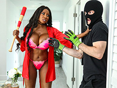 Diamond Jackson Protects Her Home | Brown Bunnies | Bangbros