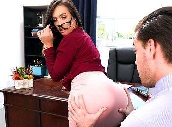 Kelsi Monroe Brunette sucking dick Naughty Office